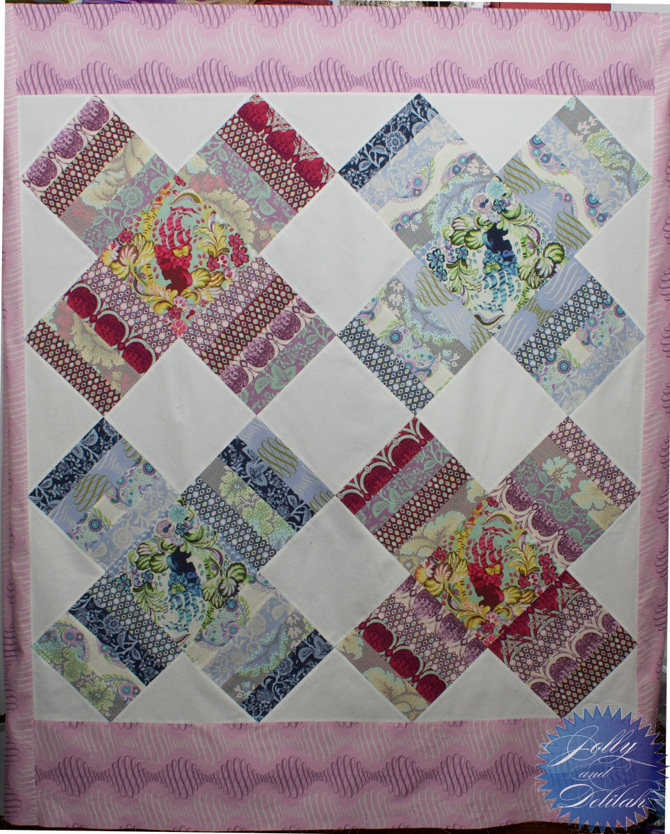 Kiss Kiss: Queen of Diamonds - The final pre-quilting installment